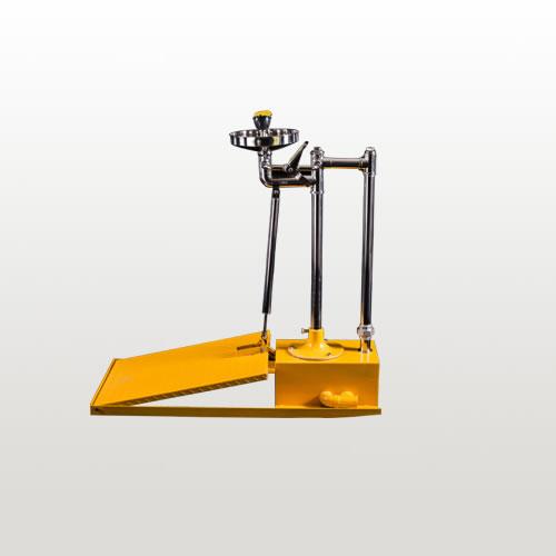 BH32-5012大踏板立式洗眼器